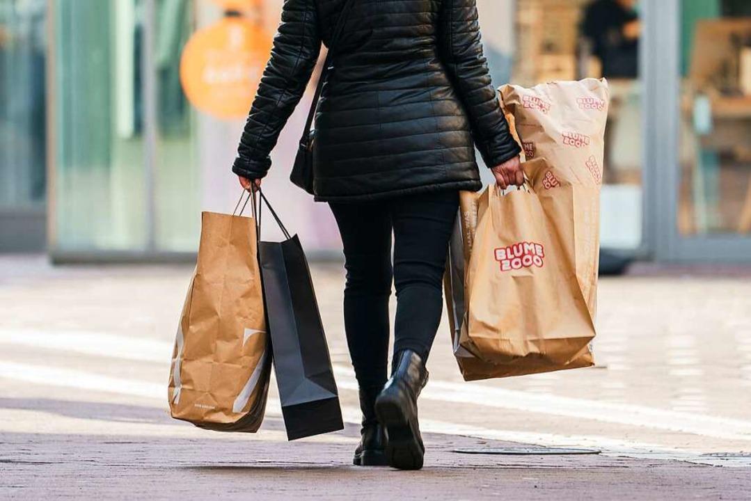 Einkaufen ist im Elsass seit Pfingstso...egeln als in Deutschland (Symbolbild).  | Foto: Andreas Arnold (dpa)