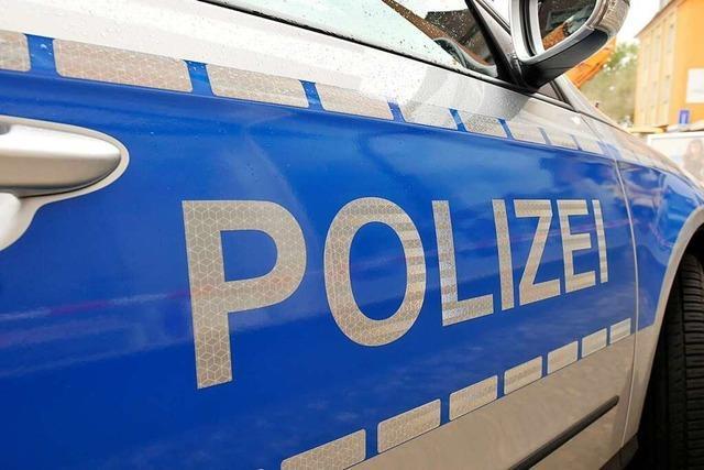 Platzverweise nach Flaschenwürfen in Freiburger Altstadt