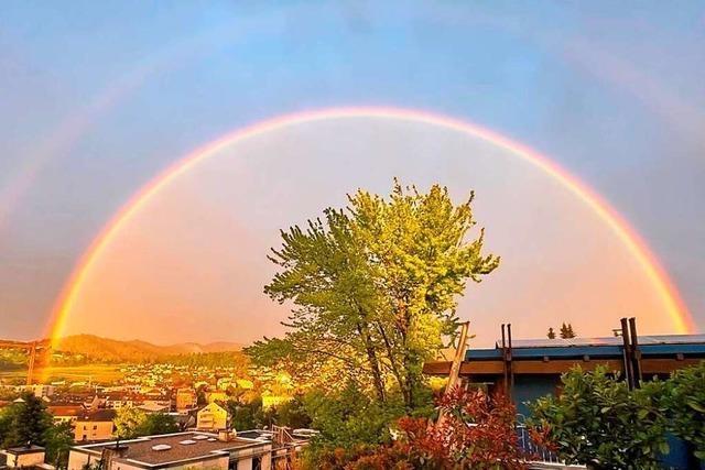 Über Freiburg gab's einen Regenbogen im Doppelpack