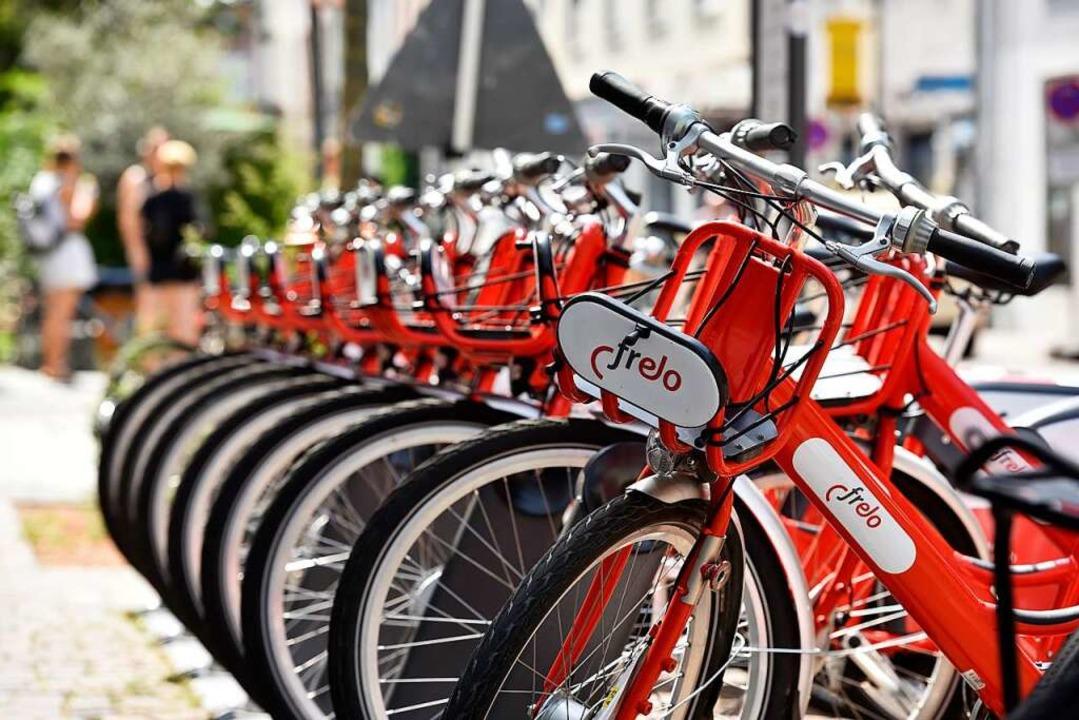 Mehr als 500000 mal wurden die rot-weißen Räder bisher ausgeliehen.  | Foto: Thomas Kunz