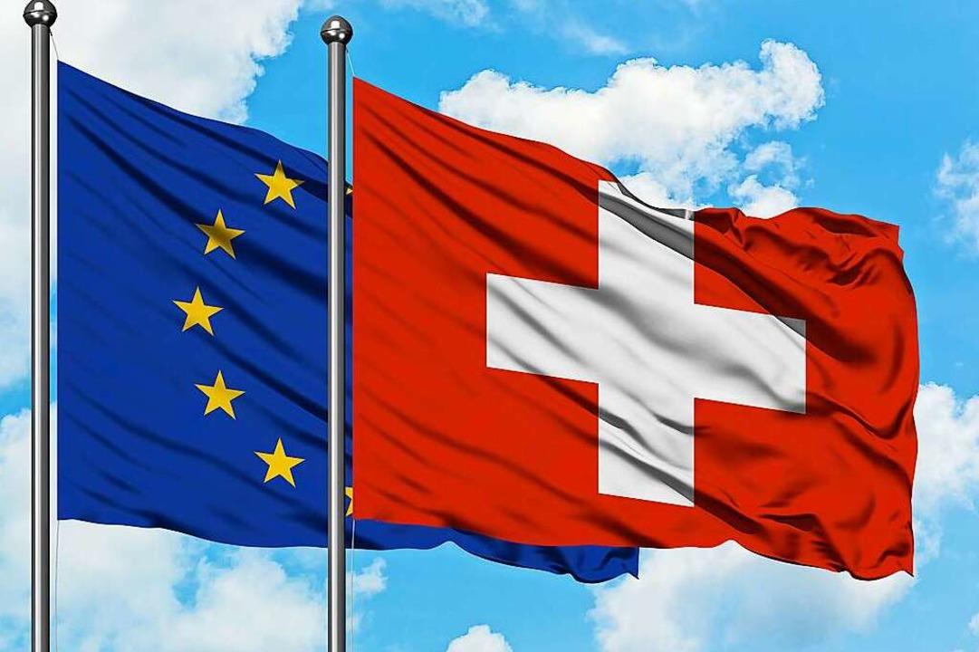 Auch die Schweiz ist auf den Gütertausch angewiesen.  | Foto: Sezerozger (Adobe Stock)