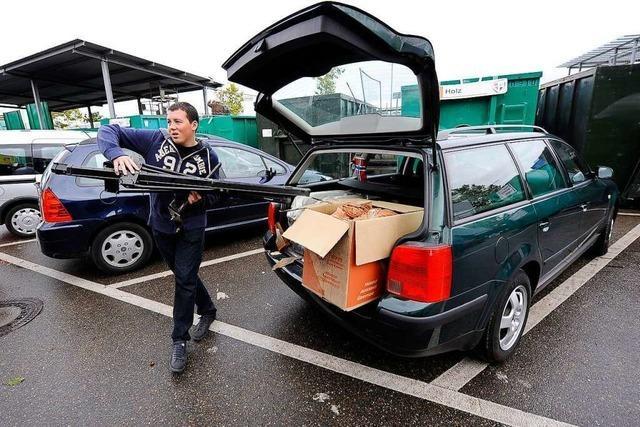 Wegwerfen, sortieren, einkaufen auf Freiburgs Recyclinghöfen