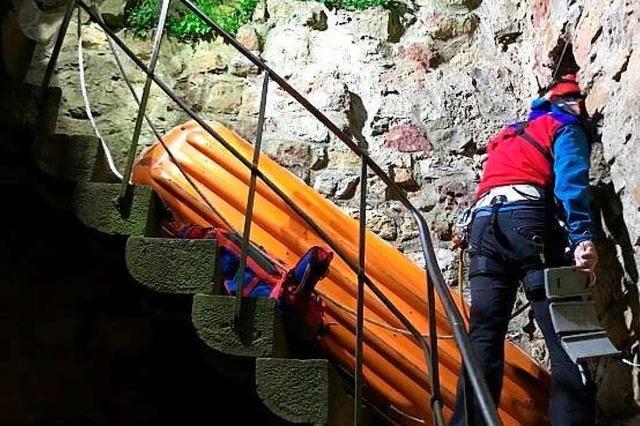 Schwer verletzter Jugendlicher aus Burg-Schacht gerettet