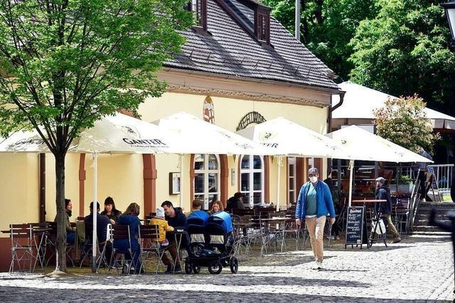 In Südbaden öffnen nach und nach Gasthäuser, Cafés und Hotels