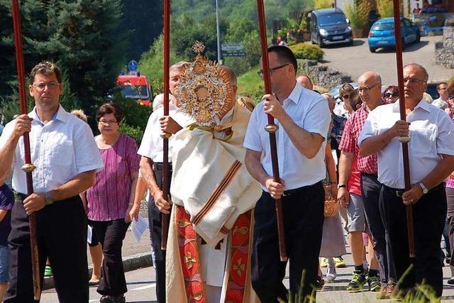 Die Dinkelberggemeinden feiern Fronleichnam ohne Prozessionen