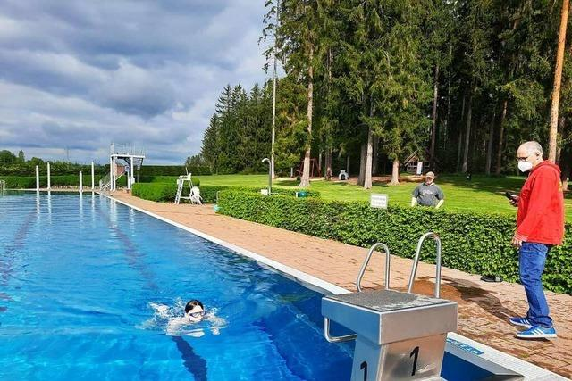 Endlich wieder schwimmen im Löffinger Waldbad