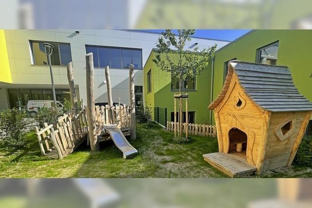 Kinder nehmen neuen Garten in Besitz