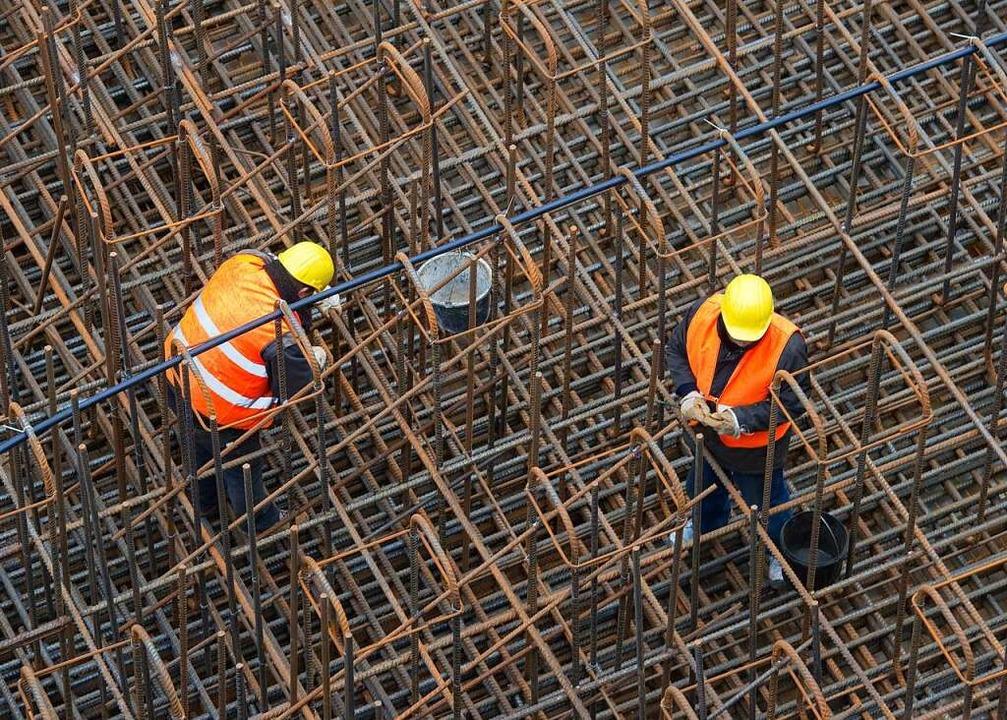 Auf Baustellen sind häufig Leiharbeiter am Werk.  | Foto: Patrick Pleul