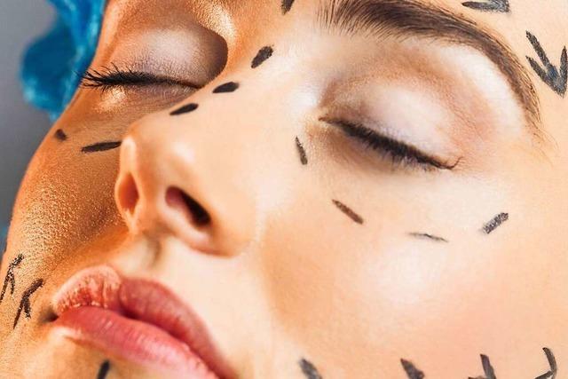 Schönheitsoperationen boomen bei immer mehr jungen Menschen