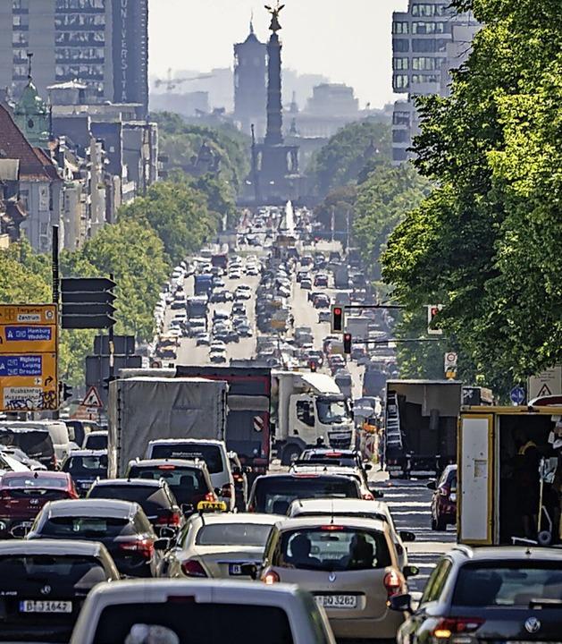 Dicke Luft im Berliner Verkehr  | Foto: Michael Kappeler (dpa)