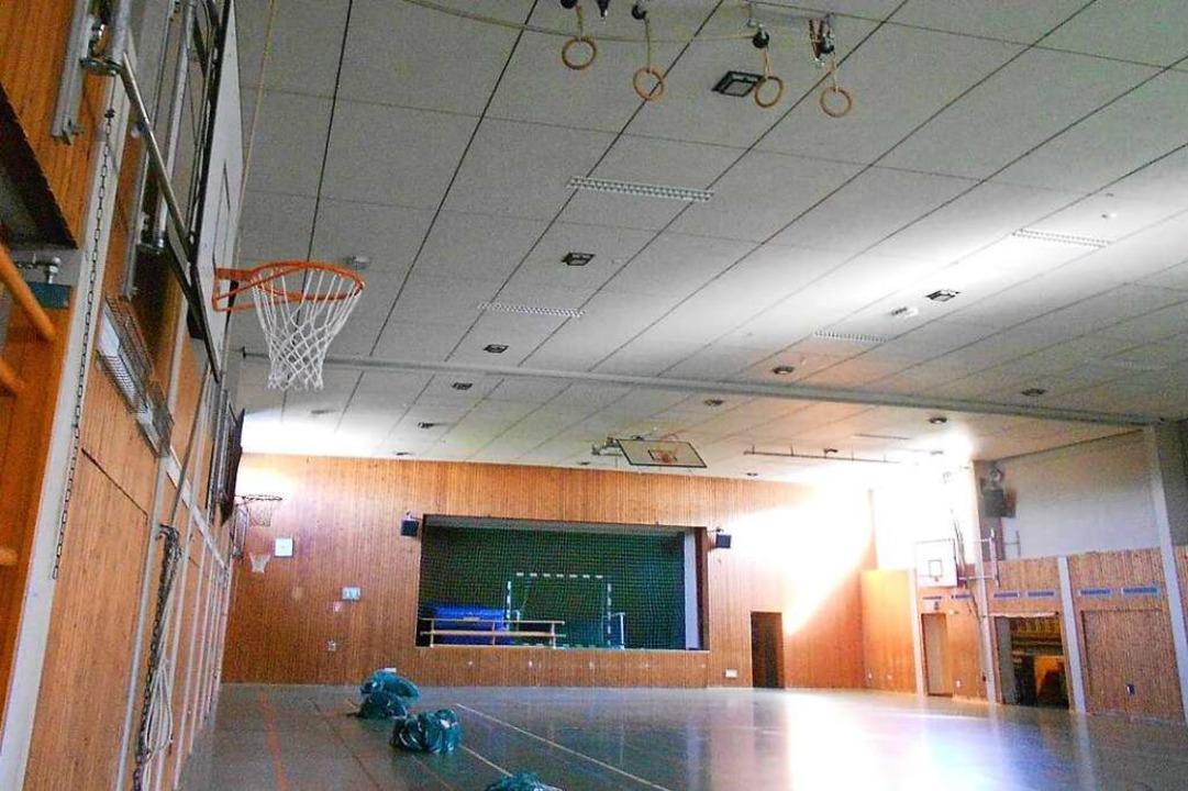 Grundsätzlich sind öffentliche Hallen ...n Coronaverordnung eingehalten werden.    Foto: langelott