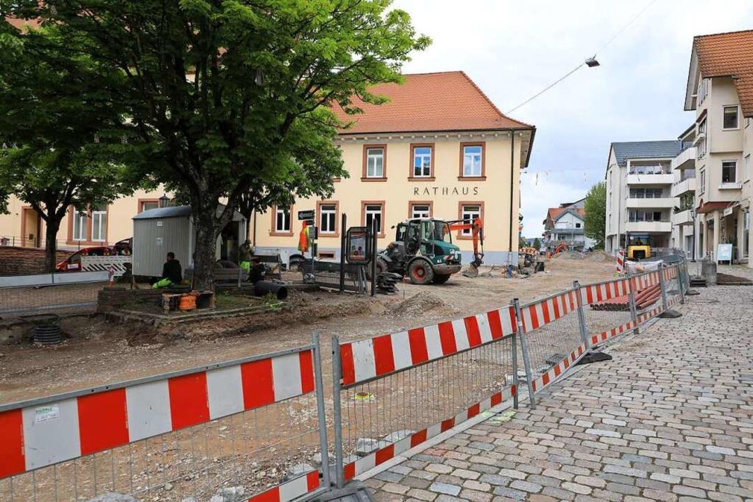 Die Sanierung schreitet voran.  | Foto: Christoph Breithaupt