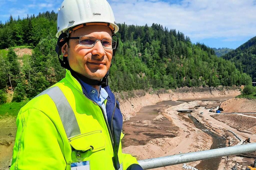Tobias Gebler ist stellvertretender Projektleiter  auf der XXL-Baustelle.    Foto: Erika Bader