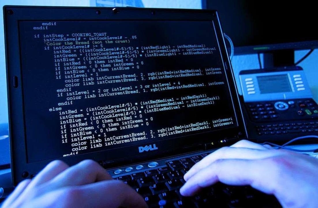 Bei einer DDos-Attacke überfluten die ...en, um diese lahmzulegen. (Symbolbild)    Foto: Oliver Berg
