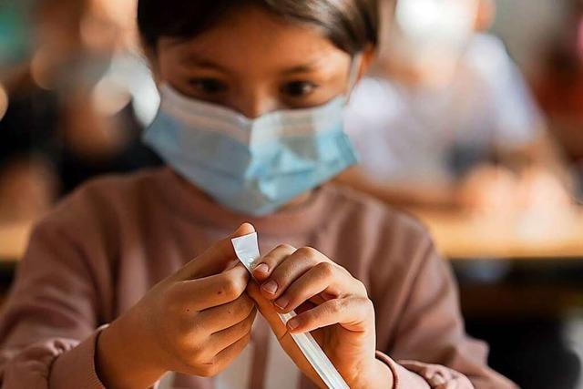 Schulen stellen Bescheinigungen über negative Coronatests aus