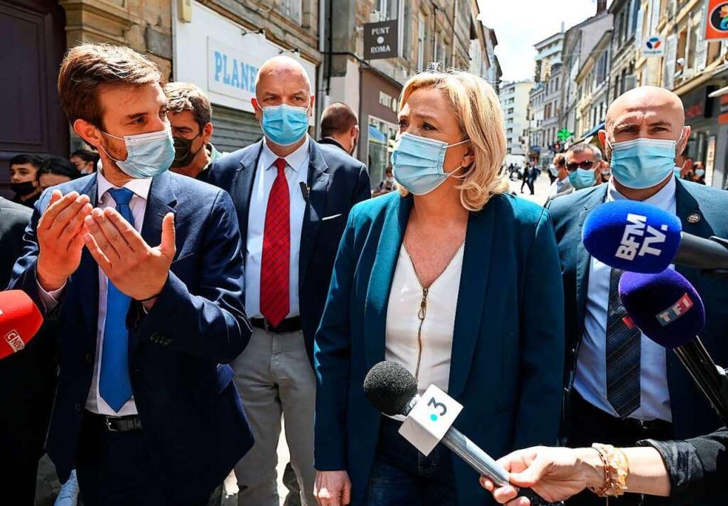 Marine Le Pen macht am Donnerstag in der Auvergne Regionalwahlkampf    Foto: PHILIPPE DESMAZES (AFP)
