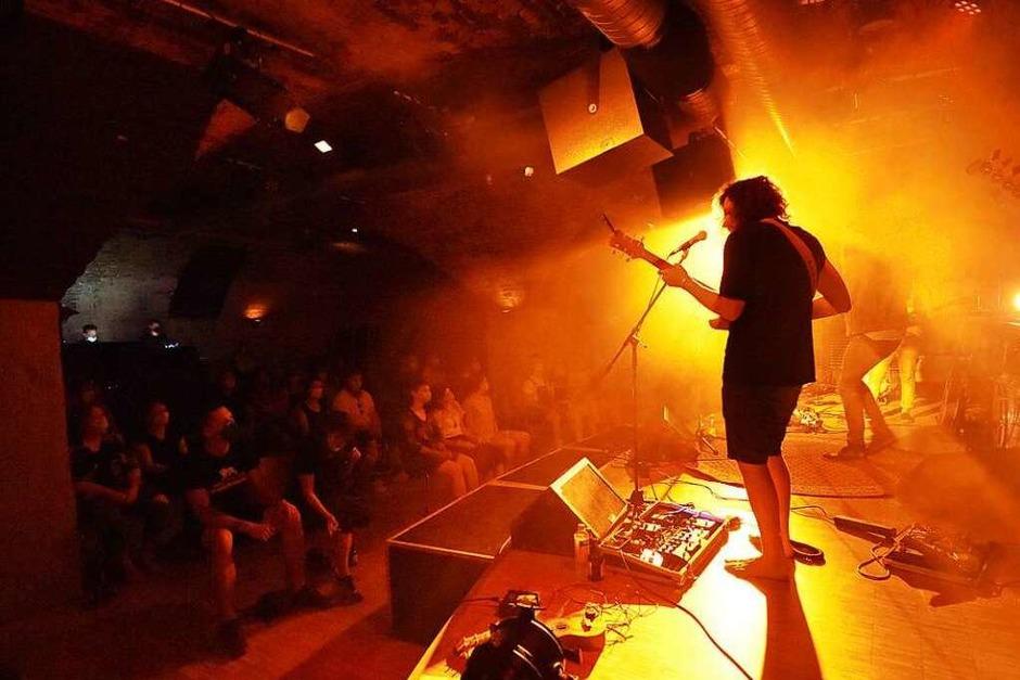 Die Freiburger Band Cosmic Mints hat das Jazzhaus gerockt – zweimal hintereinander. (Foto: Rita Eggstein)