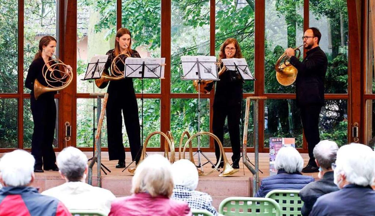 Die vier Instrumentalisten wechselten sich in Haupt- und Nebenstimmen ab.  | Foto: Heidi Fößel