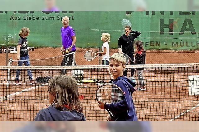 Tennissport erwacht aus Winter- und Corona-Pause