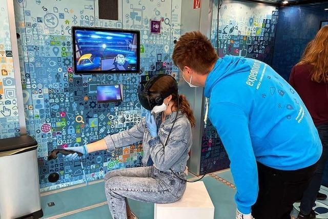 Schüler des Kreisgymnasiums Neuenburg erforschen digitale Technologien