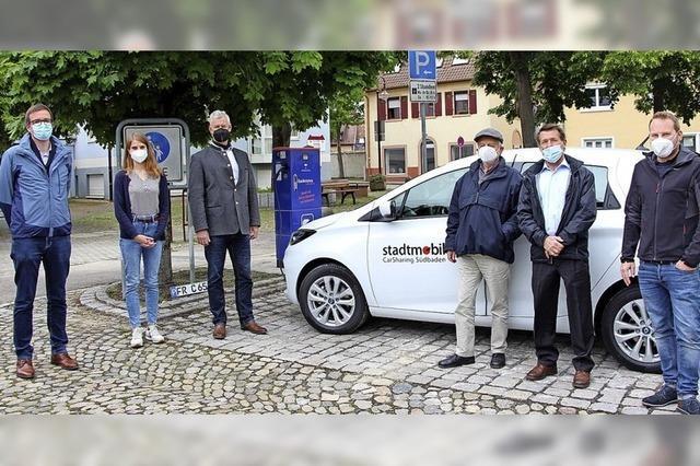 Neue Ladesäule und E-Auto in Breisach