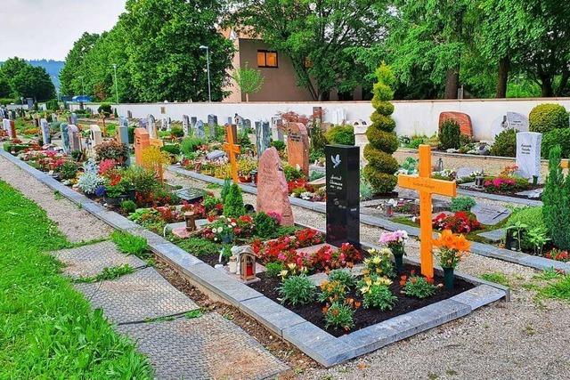 Lörracher Ortschaftsräte wollen mehr naturnahe Friedhofsstätten