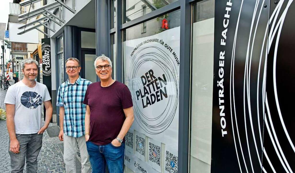 Sie wollen es im Plattenladen rund geh...Lissy, Holger Dehno und Markus Muffler  | Foto: Michael Bamberger
