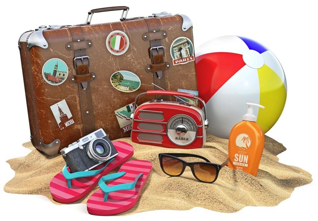 Neben Koffer und Sonnencreme gehören  ...estnachweise zu den Urlaubsutensilien.  | Foto: Maksym Yemelyanov - stock.adobe.com
