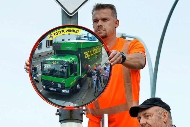 Spiegel sorgen an Freiburger Kreuzungen für mehr Durchblick im toten Winkel