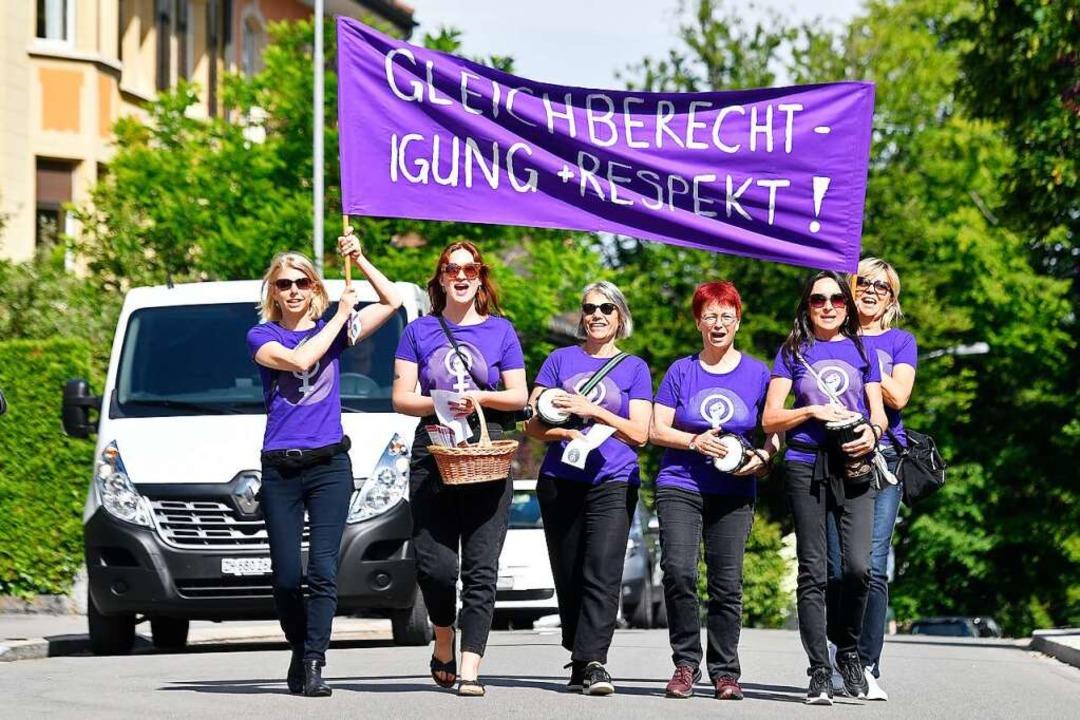 2019 fiel der Frauenstreik überwältige... 160.000 Frauen auf die Straße gingen.  | Foto: Walter Bieri