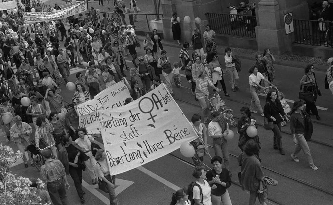 Frauenstreik Schweiz 1991 Zürich  | Foto: Gertrud Vogler (Schweizerisches Sozialarchiv)