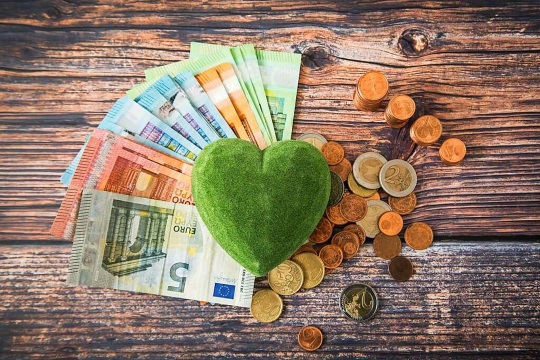 Streuung kann bei der Geldanlage helfen.  | Foto: Christin Klose (dpa)