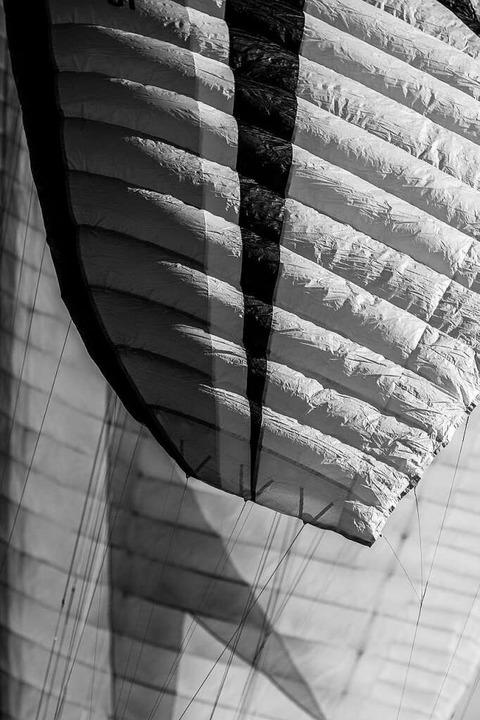 Gleitschirmflieger am Schauinsland    Foto: Carlotta Huber