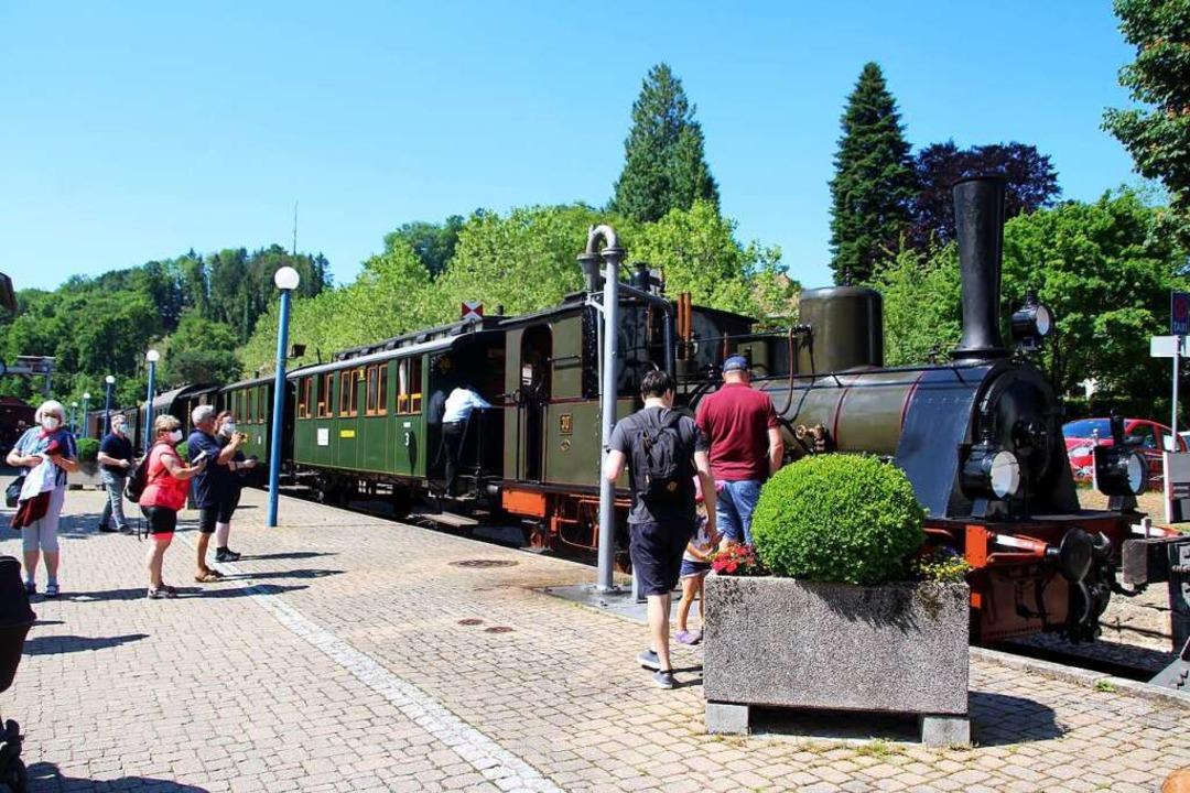 Am Sonntag um 9.10 Uhr startete das  &...sbahn  zwischen Kandern und Haltingen.  | Foto: Reinhard Cremer
