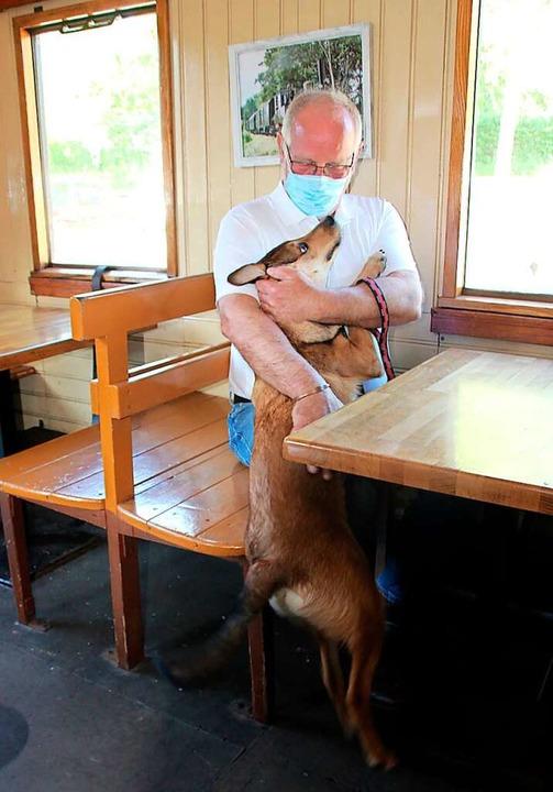 Jürg Gass aus dem schweizerischen Melt..., machte einen Ausflug mit Hund Baloo.  | Foto: Reinhard Cremer
