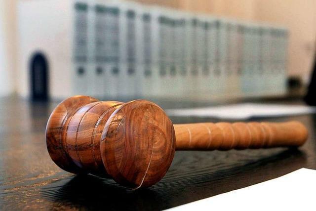 Fahren ohne Führerschein und Urkundenfälschung