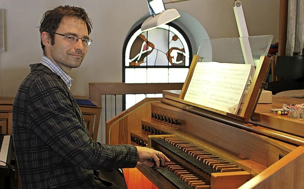 Organist und Bezirkskantor Matthias Fl... in Laufenburg zum Jubiläum erklingen.  | Foto: Michelle Güntert