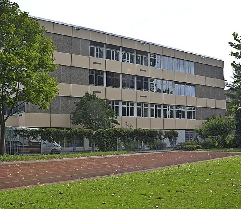 Die Schadenshöhe am Martin--Schongauer-Gymnasium ist noch unbekannt.     Foto: Cecile Buchholz