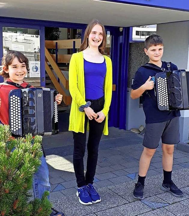 <BZ-FotoAnlauf>Wettbewerb:</BZ-FotoAnl...n freuen sich  über ihre Auszeichnung.  | Foto: Christine Walter