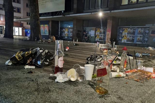 Freiburger Polizei räumt zweimal den Platz der Alten Synagoge