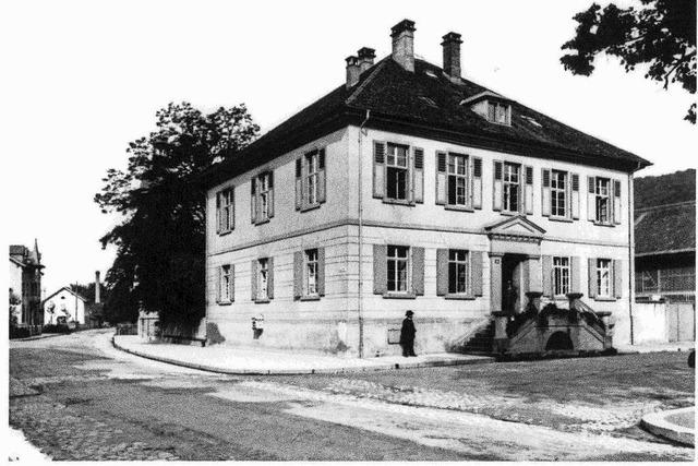 Klaus Strütt erzählt die Geschichte des Schopfheimer Bezirksamtes
