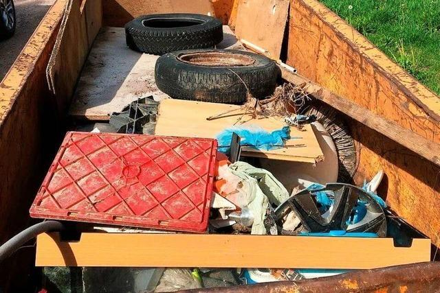 Es häuft sich Müll im Maulburger Fluss-Idyll