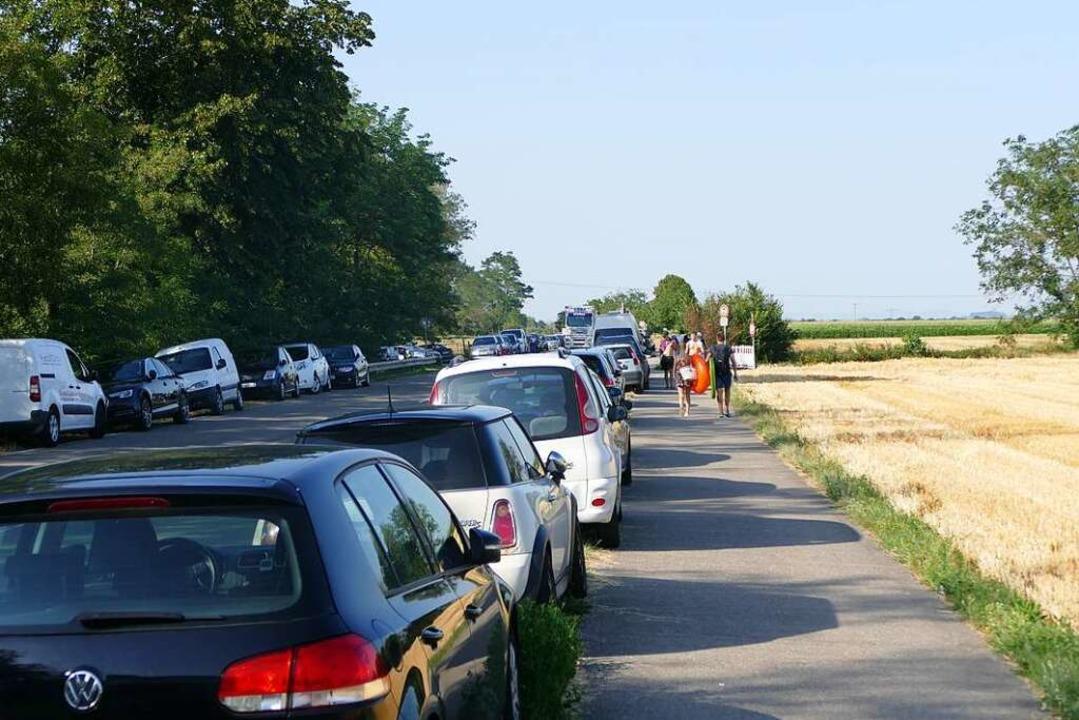 Mit einem spitzen Gegenstand wurden am... mehrere Autos zerkratzt (Archivbild).  | Foto: Susanne Ehmann