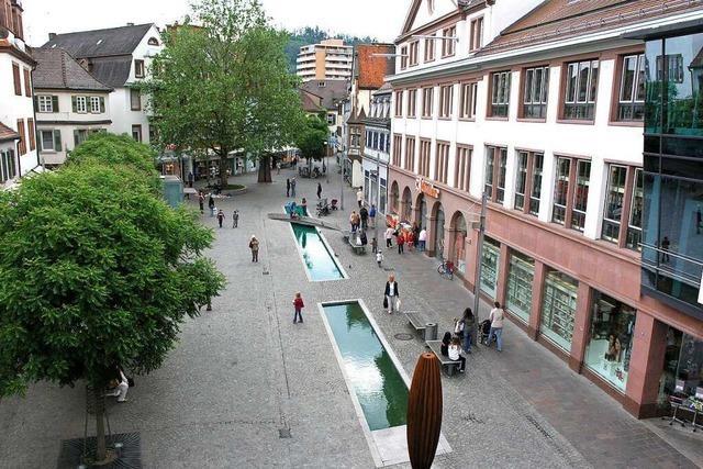 Der Schlossplatz in Lahr ist seit 20 Jahren autofrei und umgestaltet