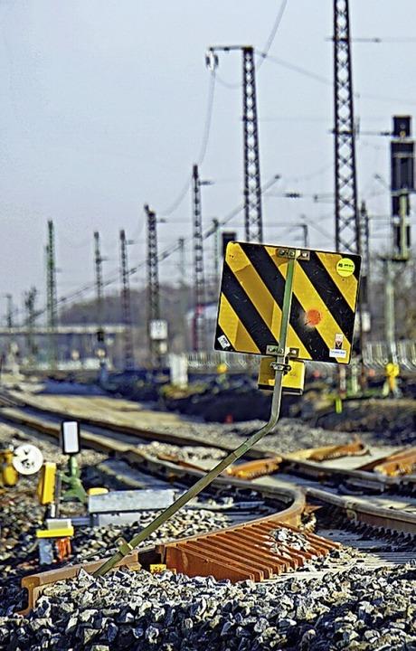 Die Bauarbeiten an der Rheintalbahn sind im Gange.  | Foto: Heinz Göttlich