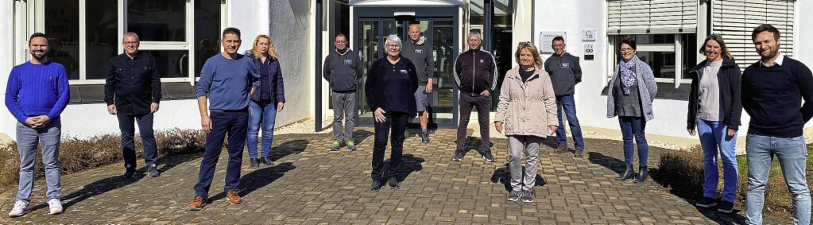 Langjährige Beschäftigte ehrte die End...de Gesellschafter Matthias Vollherbst.  | Foto: Vollherbst Druck