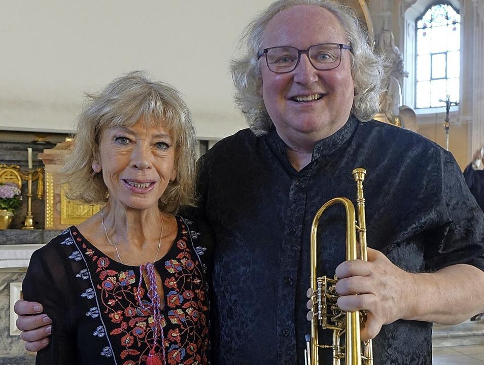Irmtraud Tarr und der Trompeter Reinho...felden viele Musiker zusammengebracht.    Foto: Roswitha Frey