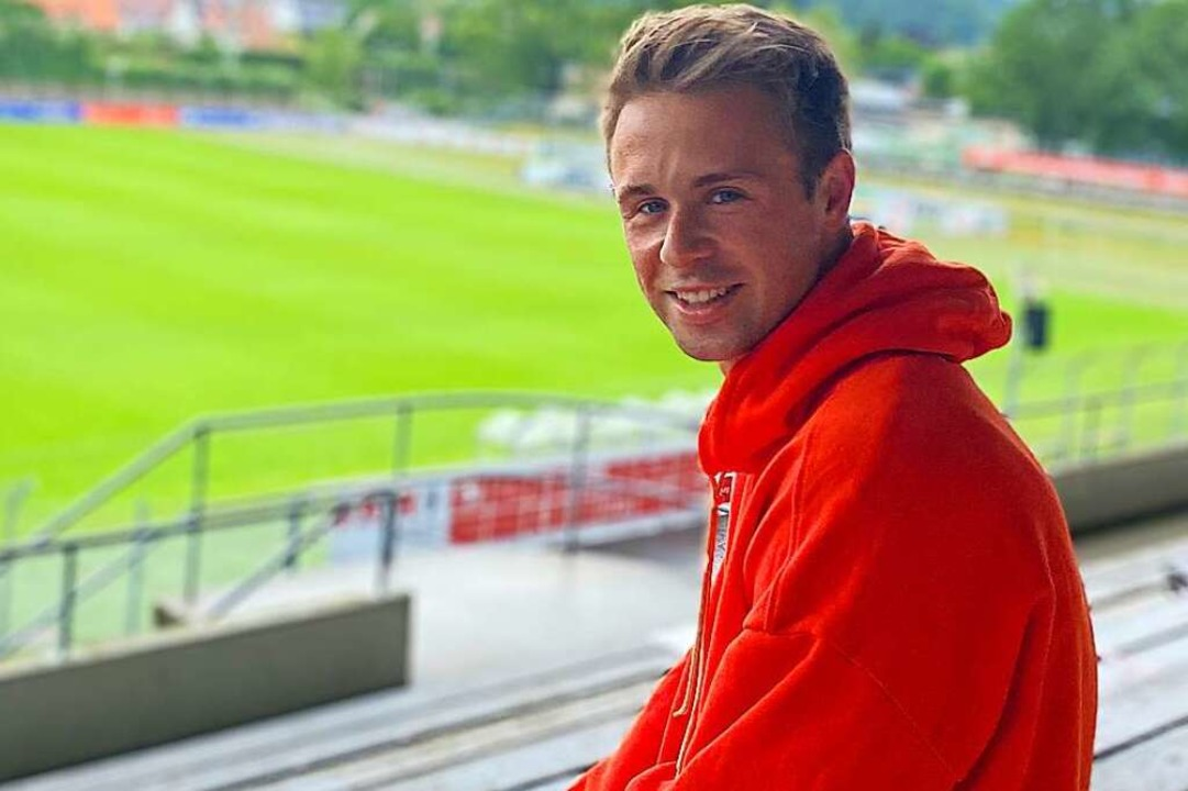 Manuel Dick liebt seinen Arbeitsplatz in der Freiburger Fußballschule.    Foto: msc