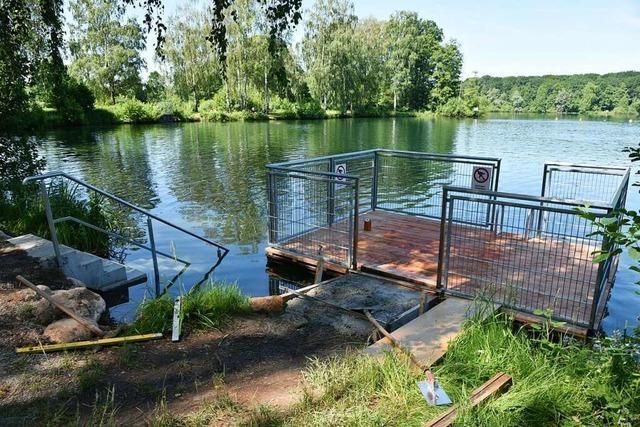 Hagenacker: Die Schwimmplattform in Köndringen ist gerettet