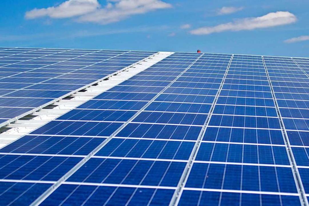 Mehr Photovoltaikanlagen auf Dächern &...et es jetzt eine Informationskampagne.    Foto: Jens Büttner